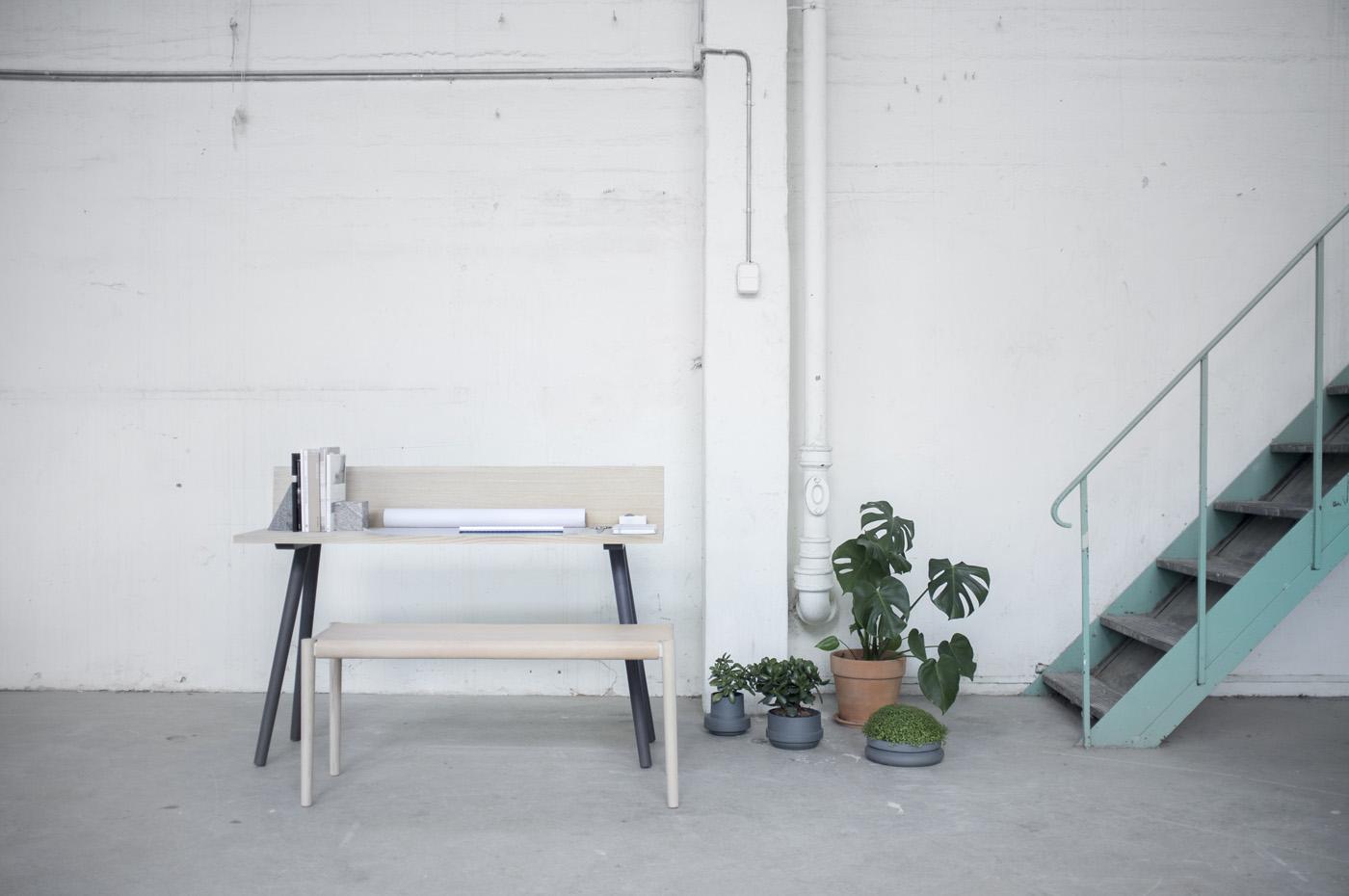 FLAP table desk